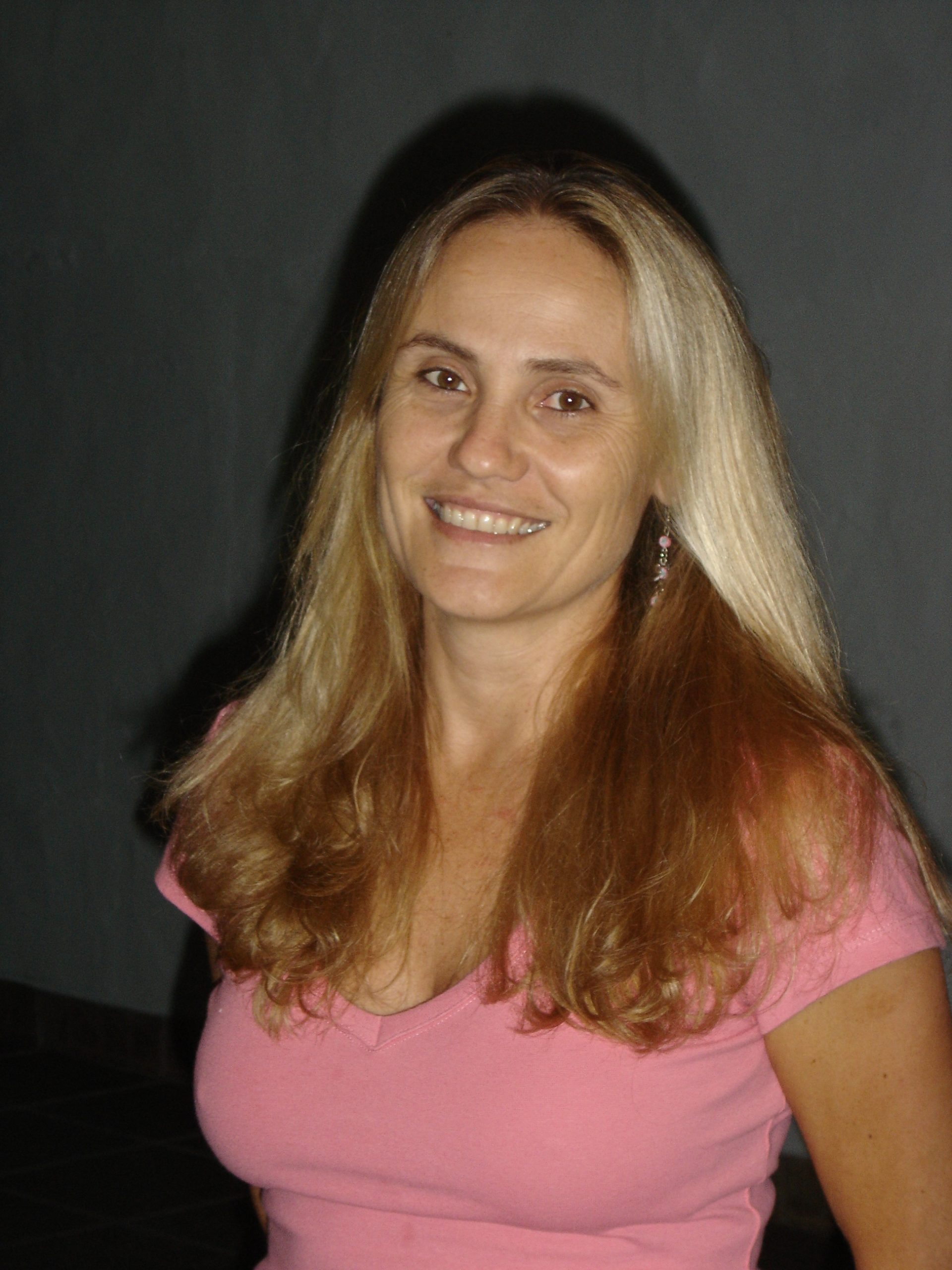 Maria Cecília Mariano de Oliveira