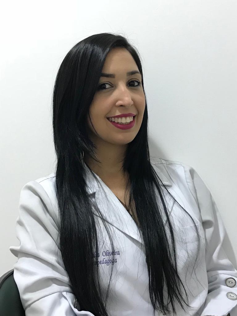 Nathália Oliveira
